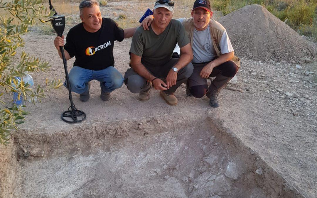 Orcrom colabora en el descubrimiento de una necrópolis